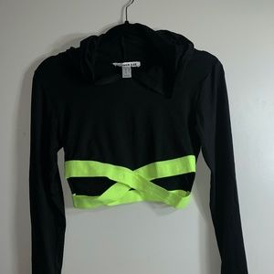 Tops - Cropped Athletic Long Sleeve